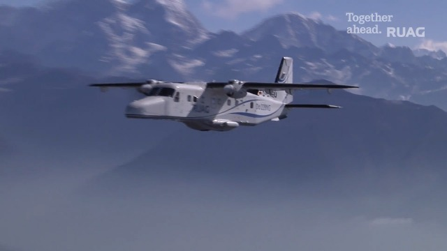 Thumnail_Dornier 228 Air-to-Air Shooting at Lukla (by Katsuhiko Tokunaga)